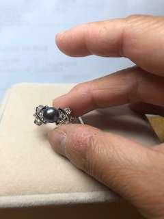 彩黑色淡水珠鋯石戒指