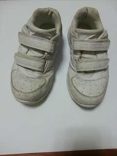白波鞋 返學運動體育鞋 white sport shoes