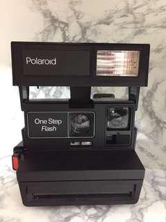 Polaroid OneStep Flash