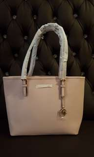 Michael Kors Jet Set Leather Tote Authentic