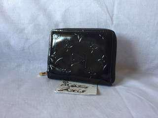 Authentic small black LV Vernice zipped around wallet
