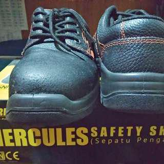 Prelove SAFETY SHOES KRISBOW