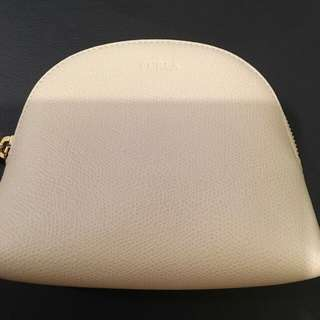 Furla make up bag creamy 貝殼式