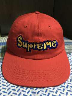 Supreme cap Gonz red 95%