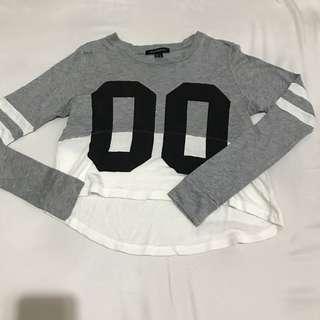 Preloved Crop Top Sweater Atasan Wanita