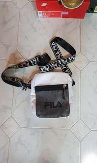 BN FILA SLING BAG