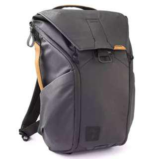 Peak Design Everyday Backpack 20l (Black + leather accents)