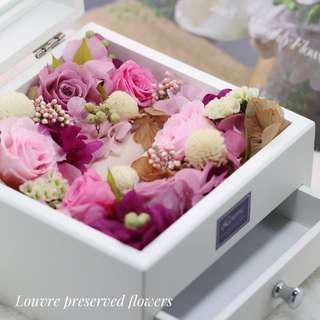 Preserved Flowers - Jewelry Box