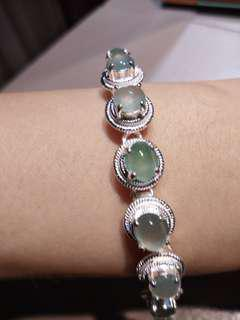 🚚 緬甸天然A 貨玻璃種蛋面翡翠手鍊