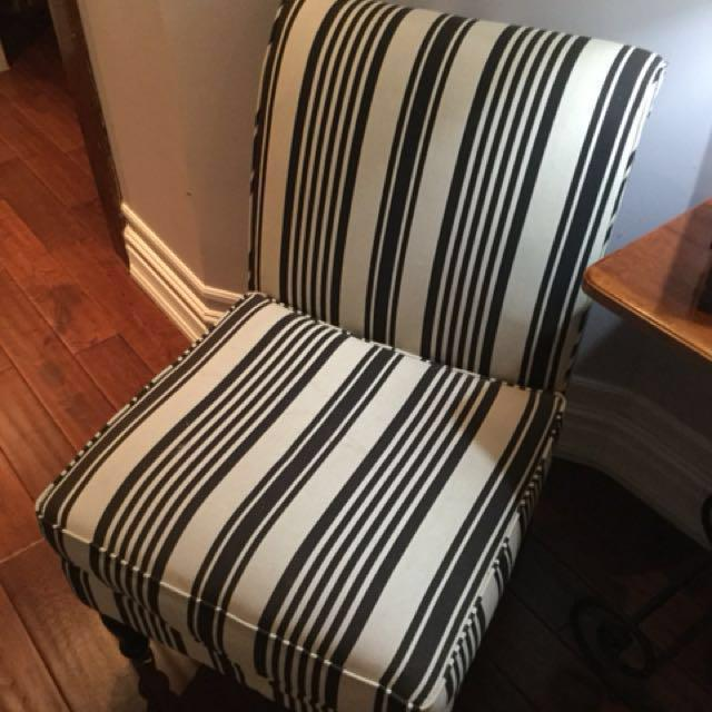 Black and cream padded chair in excellent condition