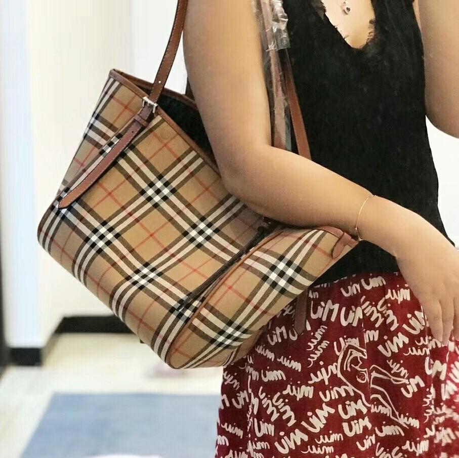 c1b21995095a Burberry Tote Bag Brown (Premium 1 1)