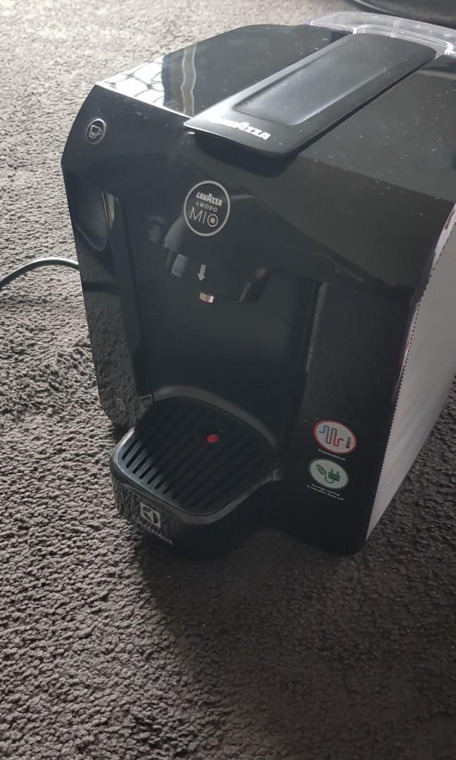 Lavazza A MODO MIO FAVOLA EASY COFFEE MACHINE