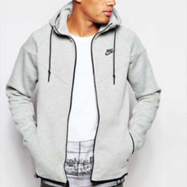 af36a45714db Nike tech fleece Jacket - Men s Large