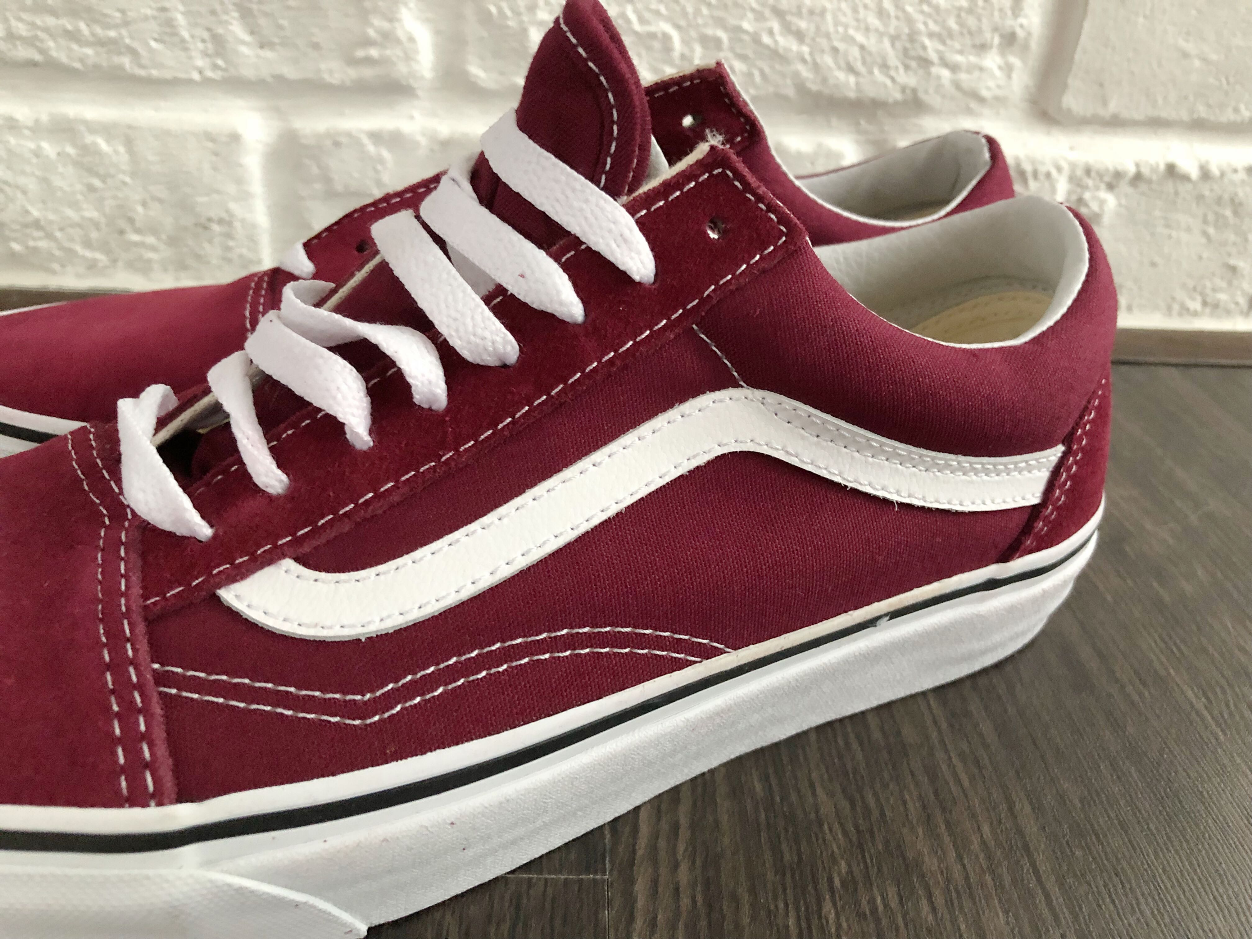 66a161b9e35c ON-HAND  Vans Old School Burgundy Red White US 9   EU 42