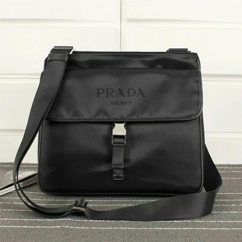 3d29b2ab3152 Prada Messenger Bag