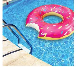 Donut Float