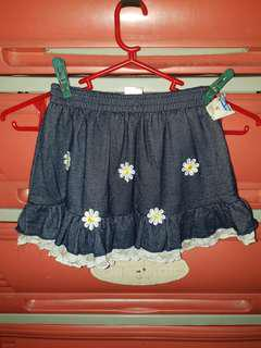 Skirt with shorts 6t