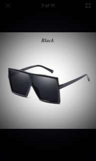 Black on black sunnies