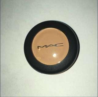 *NEW* MAC concealer