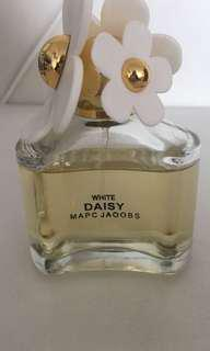 FAKE MARC JACOBS DAISY PERFUME