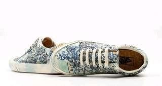 NEW UNWORN Vans x Vincent Van Gogh Old Skool Shoes