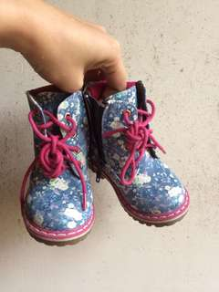 Happy feet floral boots