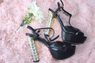 Herdman heels