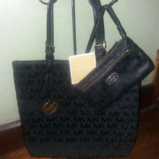 Bundle Original Michael kors mk monogram tote bag and wallet wristlet
