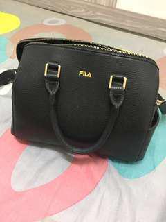 preloved handbag FILA
