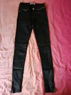 Temt black skinny jeans