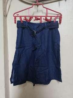 PULL & BEAR trouser 26