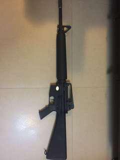 司馬M16 AEG