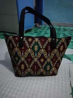KULTURA INSPIRED SHOULDER BAG