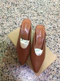 韓國🇰🇷購入咖啡色低跟懶人鞋