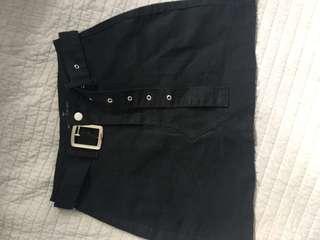 Brand new boohoo black skirt with belt