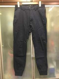 95%新、本地品牌  男裝 OCTOBOL 藍色 休閒褲👖運動褲 綀腳長褲 SIZE: M 碼