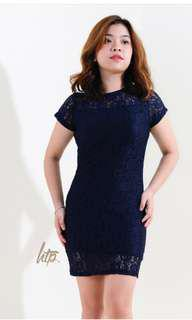 Navy blue laced dress w/ lining