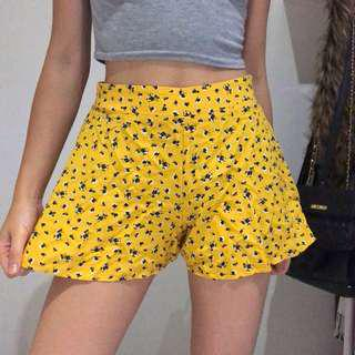(Size 8) Yellow High Waisted Flowy Shorts