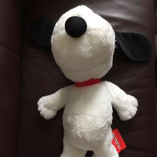 代朋友放~100%全新日本世嘉SEGA版Snoopy 黑白短毛公仔一個,約長20吋,抽獎礼物,所見即所得!On behalf of friends to sell ~100% new Japan SEGA product Snoopy black & white short-haired dolls, about 20 inchs long, lottery gifts, WYSIWYG!