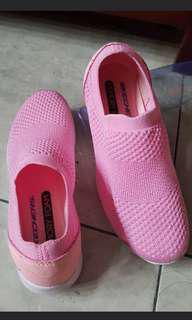 Skechers pink original uk36