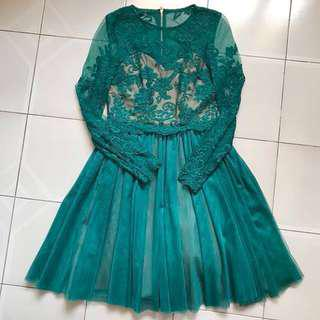 LB Covet Lace Tulle Dress (Emerald)