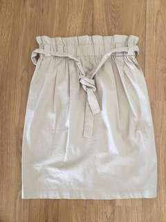 """Paperbag"" style beige skirt"