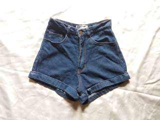 🌺 High waisted Cuff Shorts