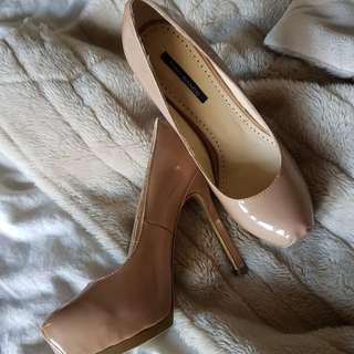 Nude Tony Bianco heels