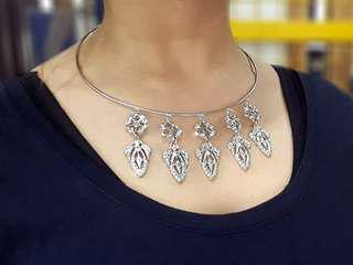 Choker Necklace Vintage Style