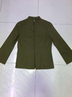 Olive green top (S) incl normal mail