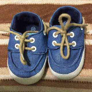 Soft denim/sole baby shoes