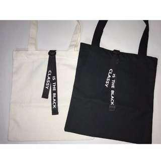 Tote bag [INSTOCKS] Classy is the black