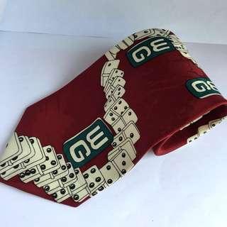 Dasi DaVinci Merah Domino