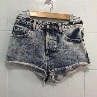 Topshop high waisted shorts | fits 25-27 | P350